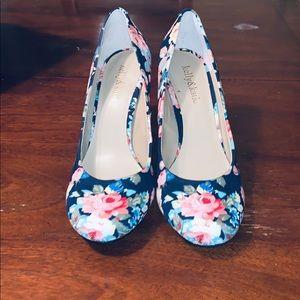 NWOT-Kelly&Katie Navy Floral Fabric Heels